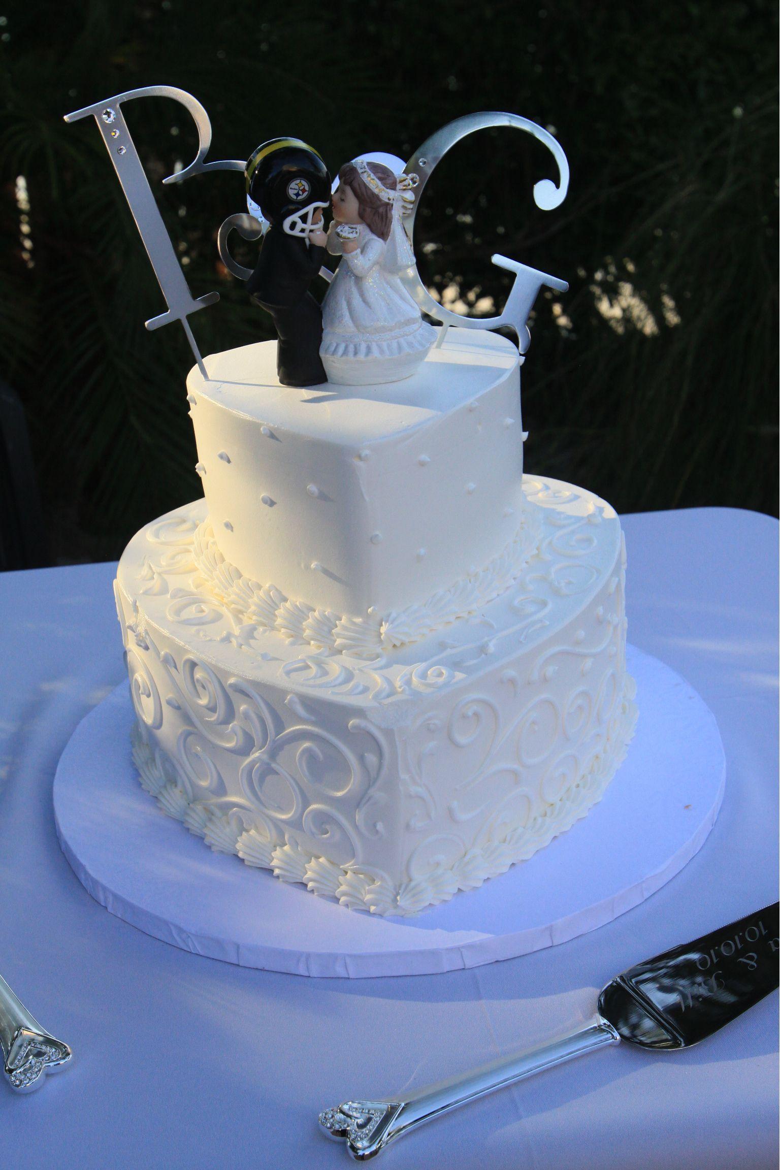 heart shape wedding cake wedding. Black Bedroom Furniture Sets. Home Design Ideas