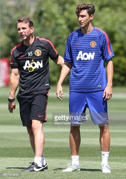 Matteo Darmian S Cool Brushed Up Haircut In 2015 Manutd Manchester United Football Club Manchester United Players Manchester United Football