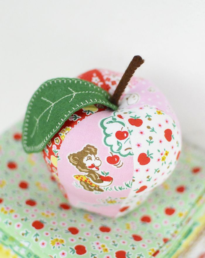 Apple Farm Fabrics | Small Patchwork Projects / Kleine Nähprojekte ...