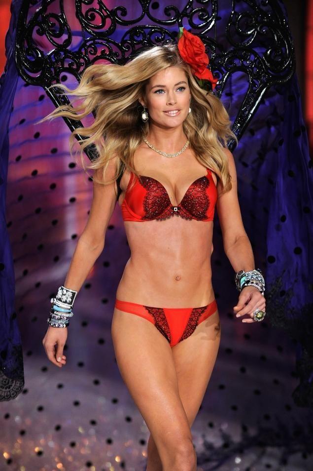Victoria's Secret Angel Doutzen Kroes