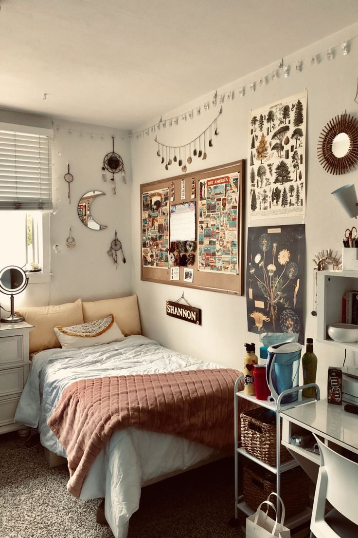 19 Dorm Wall Decor Ideas For Your Room In 2020