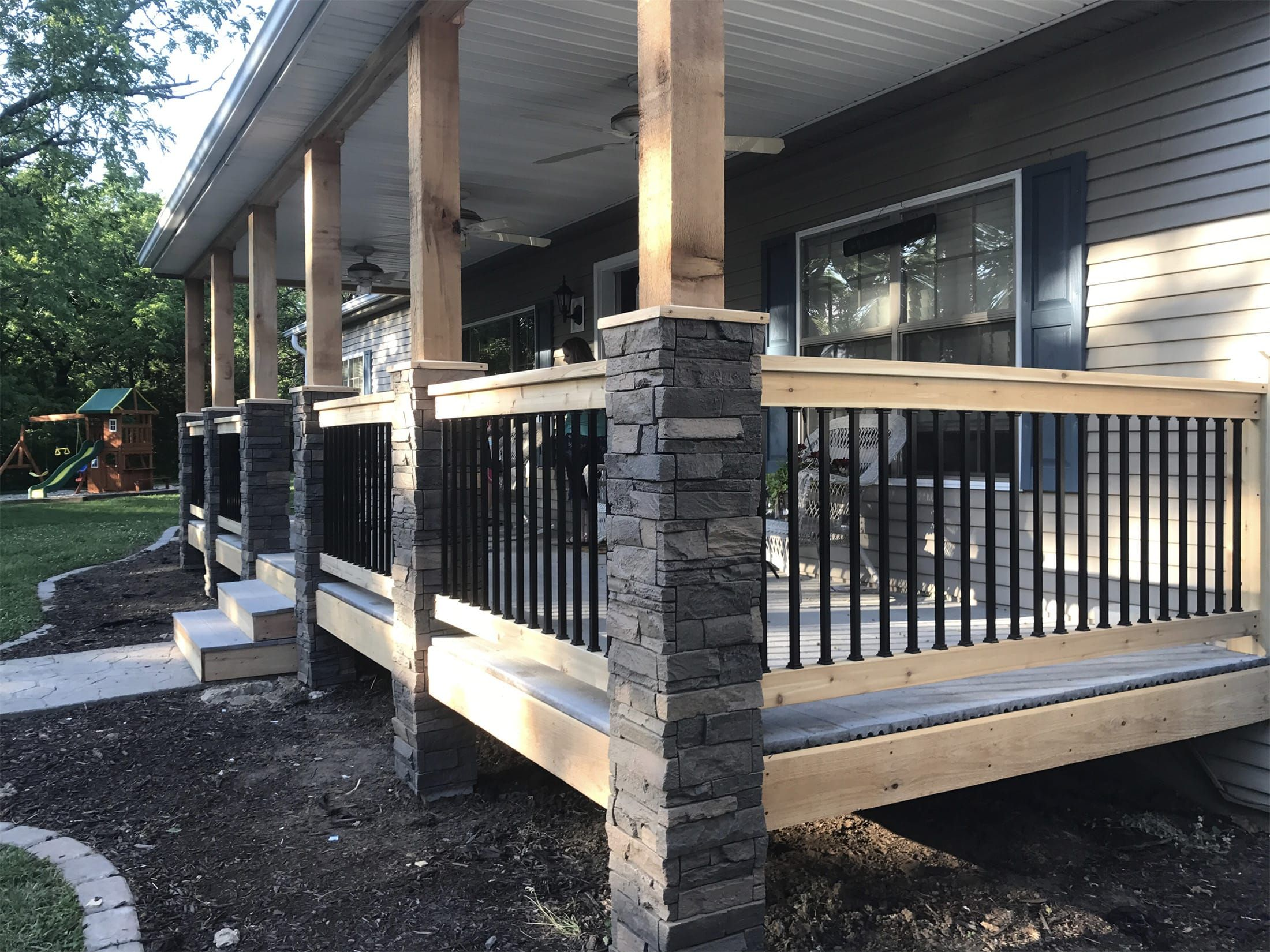 Looking For Creative Porch Post Wraps Check Out Laci S Faux Stone Columns From Genstone Easy Diy Installation Browse Our Today