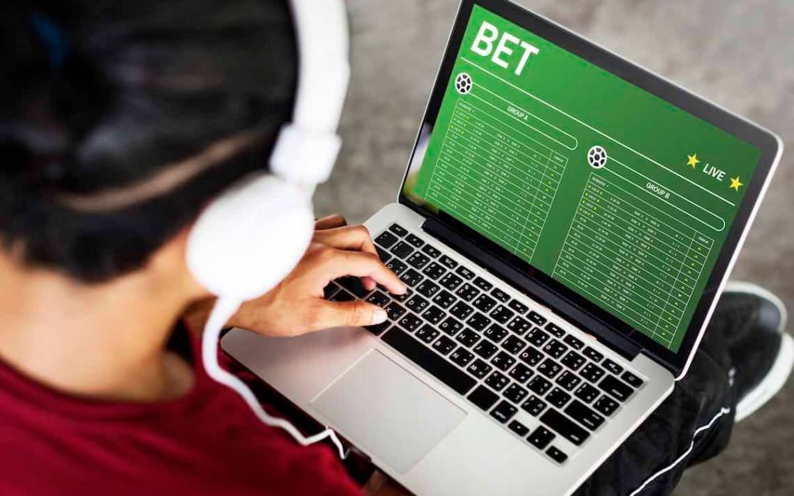 Смотреть онлайн лучшее букмекерское приложение для ставок на спорт ставок смотреть