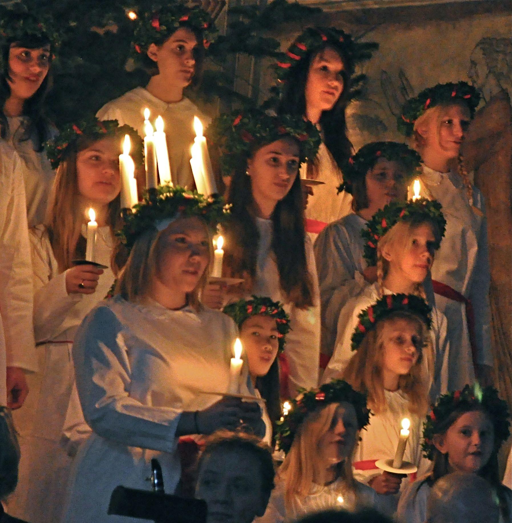 Scandinavian Festival Of Saint Lucia According To The Julian Calendar Marks Dec 13th As The Start O Scandinavian Christmas Sankta Lucia Swedish Traditions