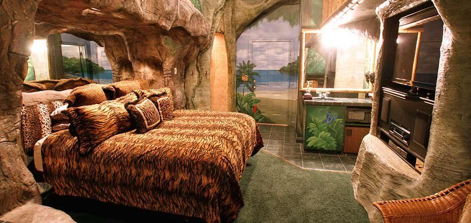 Tropical Paradise Suite At Black Swan Inn In Pocatello Idaho