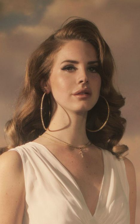 Pin By Sabrina M On Flawless Beauty Lana Del Rey Hair Beauty