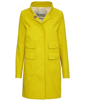 50`s Look, sehr klasse der Mantel, auch wenn ich eigentlich nicht so auf gelb stehe.