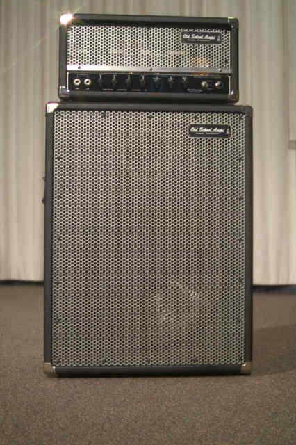 bass amps old amplifiers bass amps guitar amp guitar cabinet. Black Bedroom Furniture Sets. Home Design Ideas