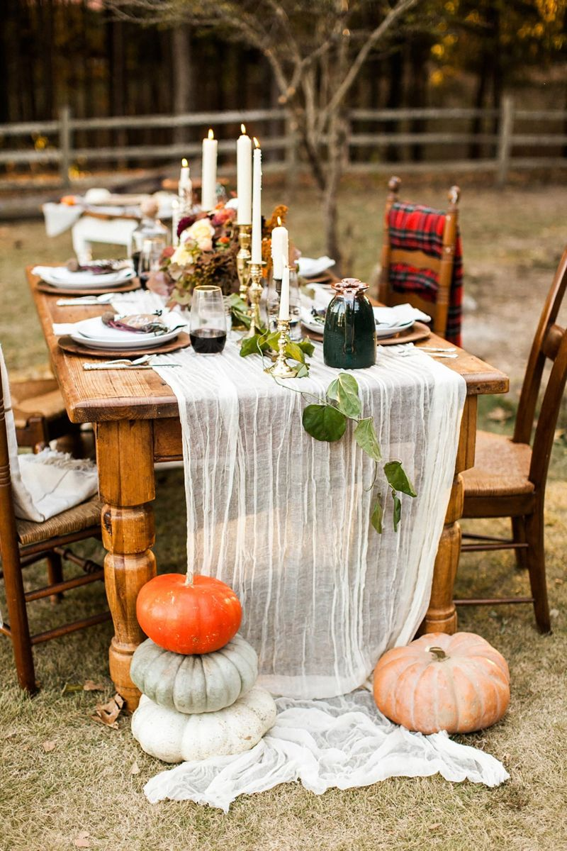 15 Instagram Worthy Friendsgiving Ideas - Roaming Riley