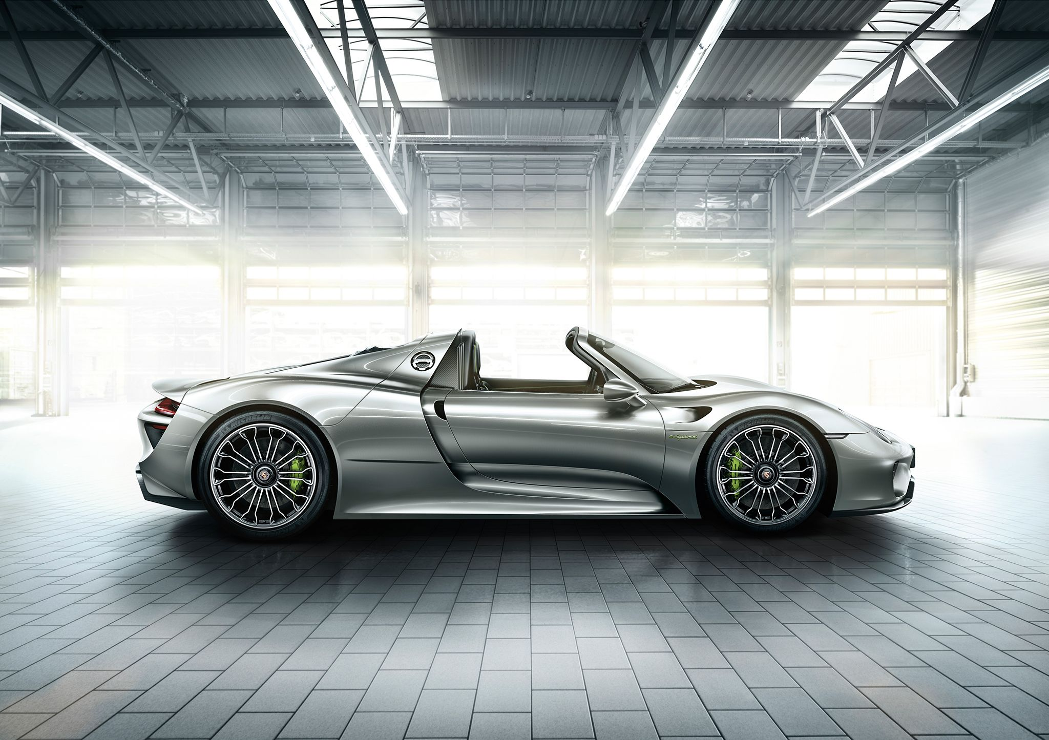 porsche 918spyder the monocoque and unit carrier architecture of