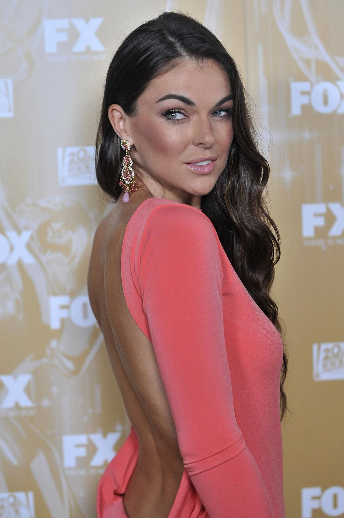 Celebrites Serinda Swan nudes (72 foto and video), Topless, Leaked, Selfie, bra 2018