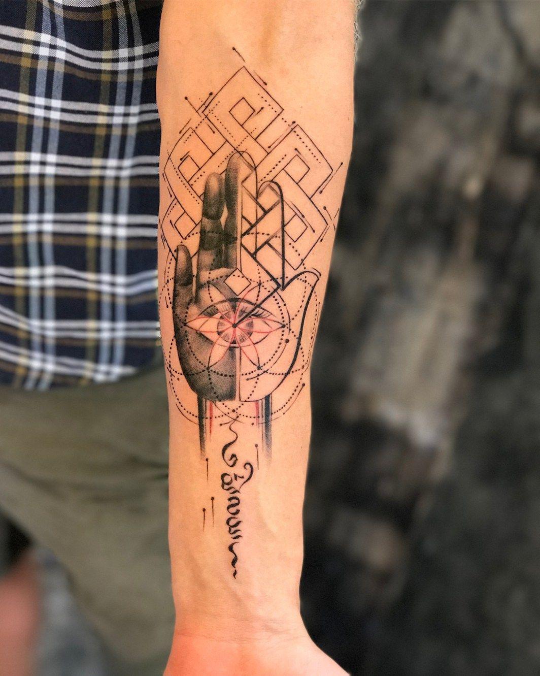 Pics Of My Favorite Geometric Tattoos Tattoos Geometric Hamsa Tattoo Geometric Tattoo Hand