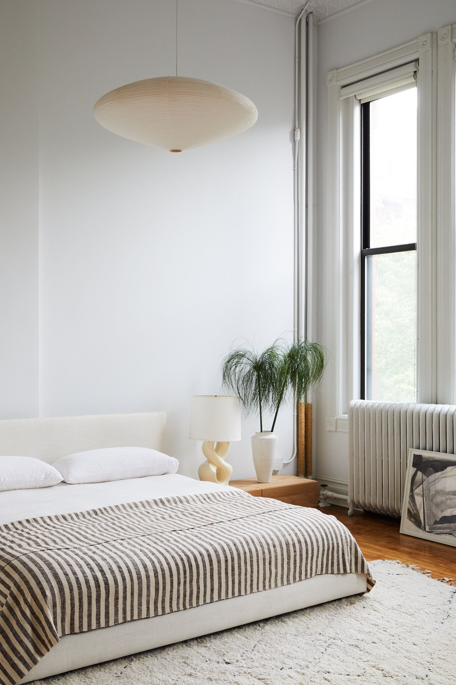 Modern Minimalist Bedroom With Pendant And Striped Comforter  #interiordesign #scandinavian #modernboho