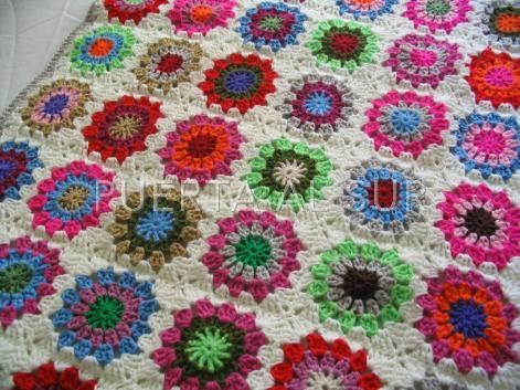 Pie de cama tejido a crochet alfombras pieceras y - Mantas ganchillo colores ...