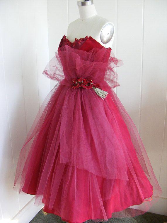 1950 Vintage Tulle and Velvet Rich Burgundy Shelf Bust Evening Prom ...