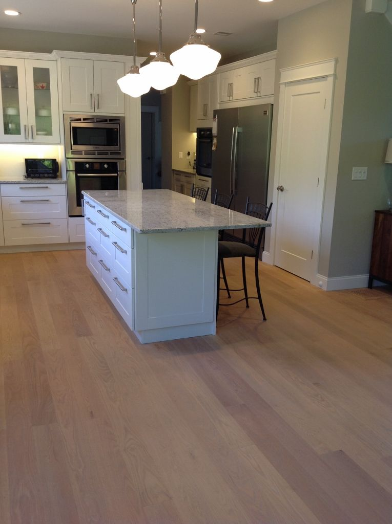 Light Colored Oak Wide Board Floors Kitchen With Red Oak