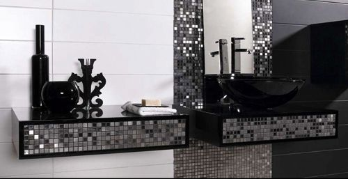 Black And Silver Bathroom With Metalic Silver Black And Silver