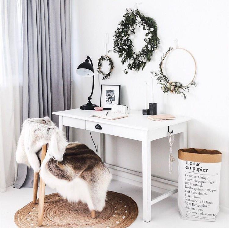 Round Rug Under Desk Chair Rug Under Desk Desk In Living Room Bedroom Rug Placement
