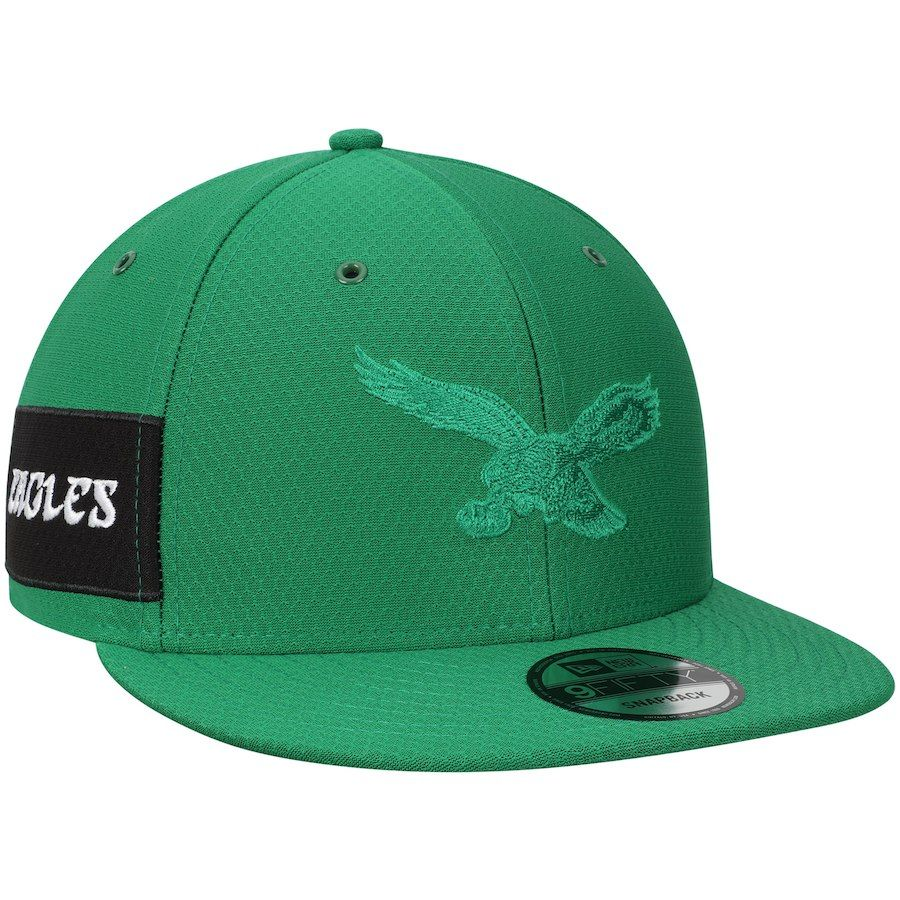 b894237788009 Men s Philadelphia Eagles New Era Kelly Green Kickoff Reverse Color Rush  9FIFTY Adjustable Hat