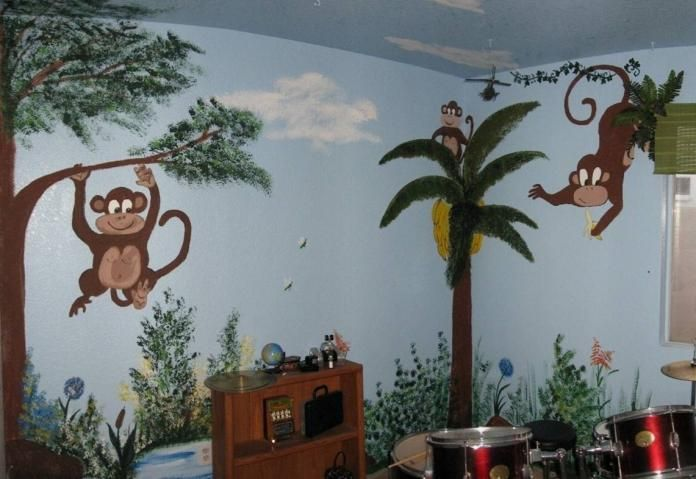 monkey in banan tree | Ugly House Photos » Blog Archive » Monkeying Around