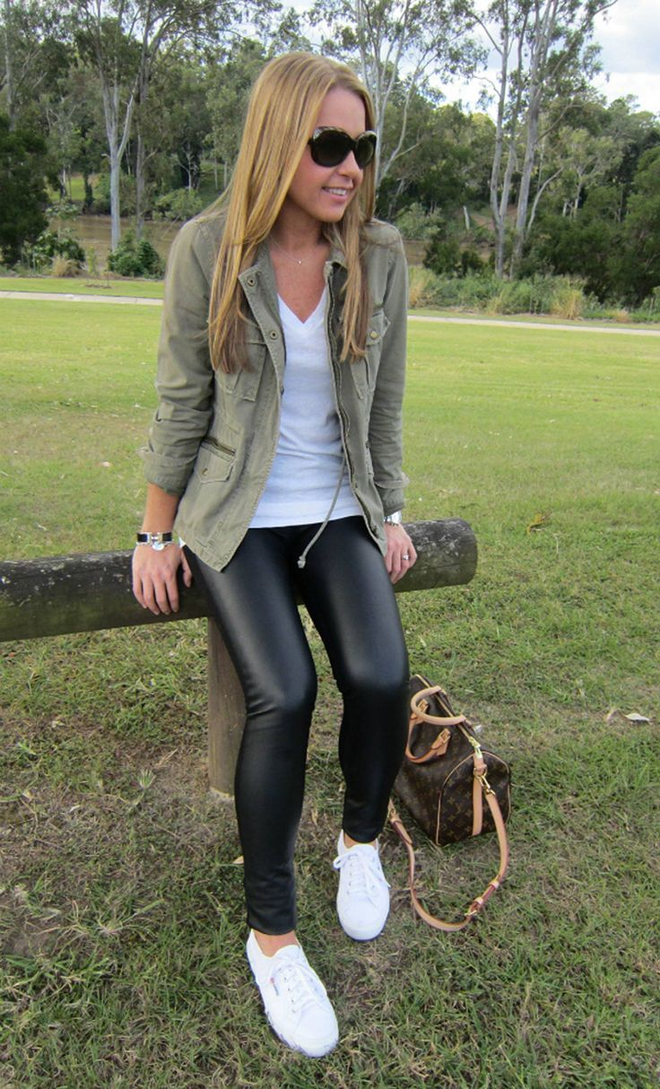 112 Women's White Sneakers Outfit Idea | Outfits with