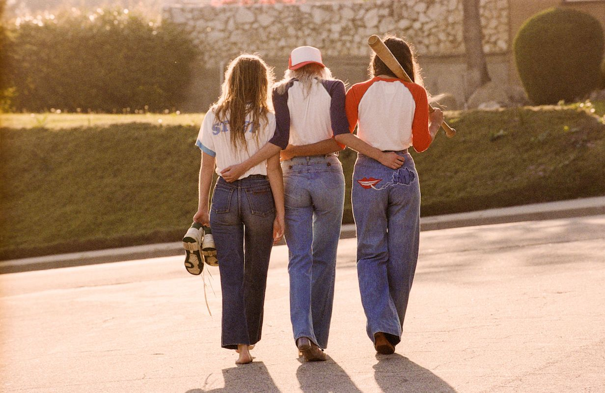 '70s Inspired Fashion - Summer Basics | NYLON