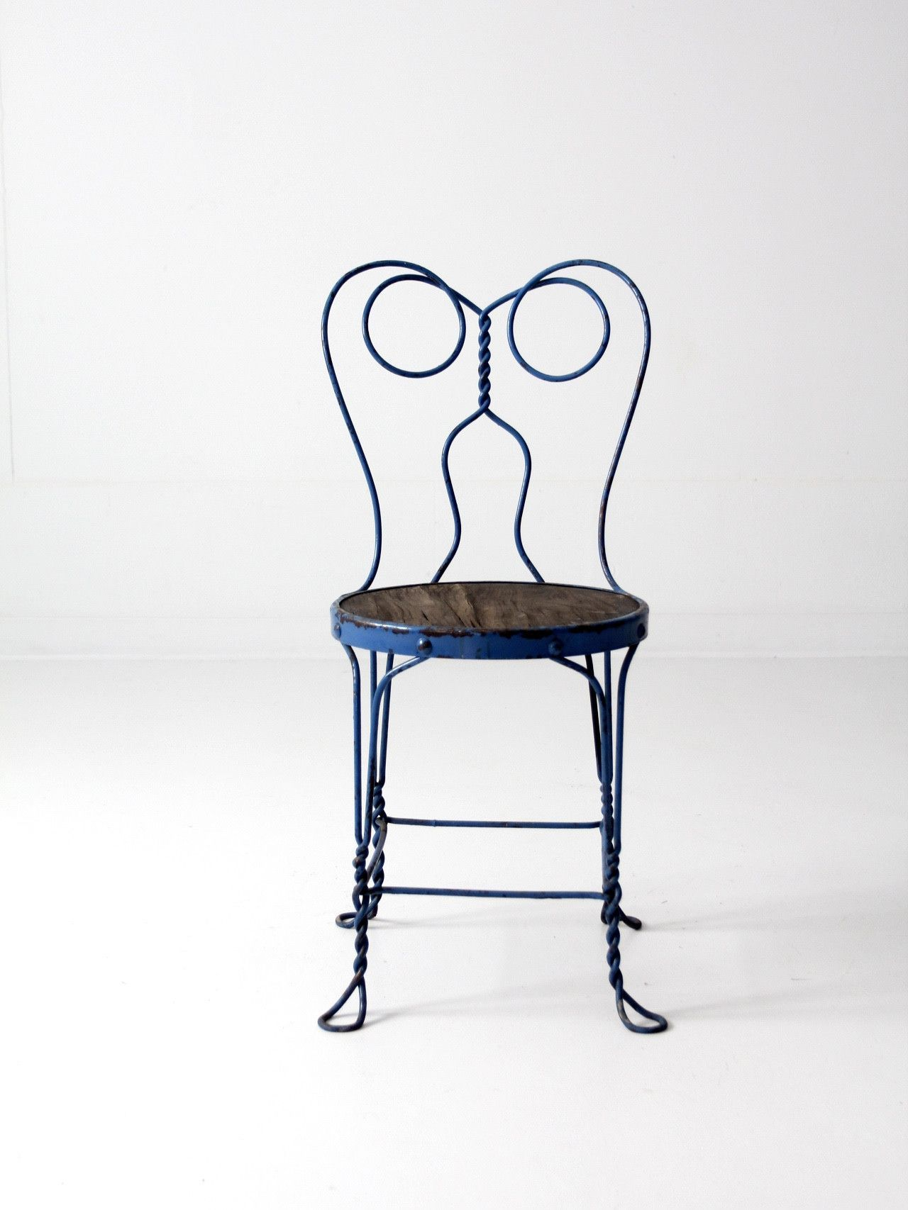 Best Vintage Blue Ice Cream Parlor Chair Metal Bistro Chairs 640 x 480