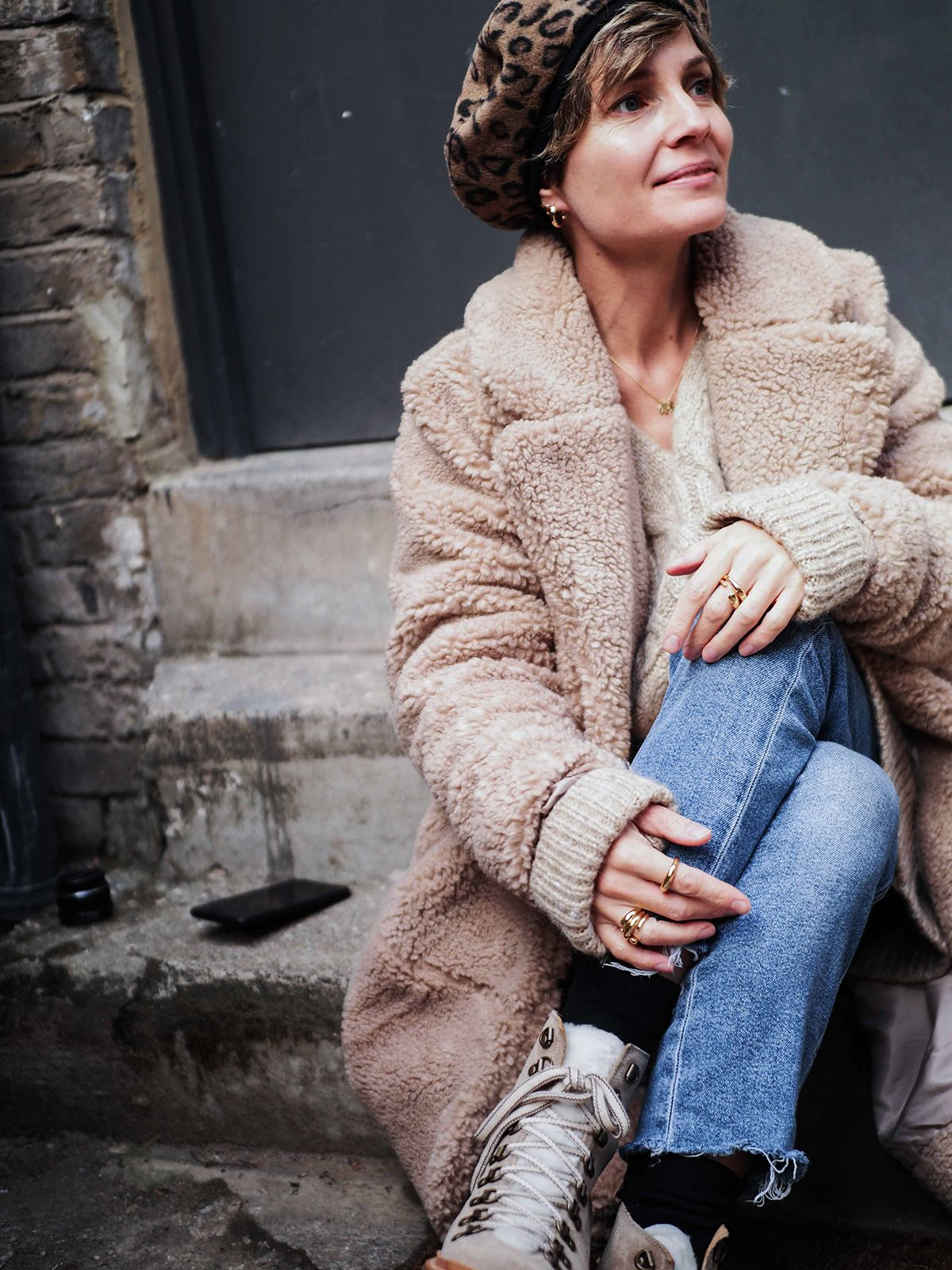 9f0cf910661f Stylonylon | Bear Basics | Bear Brooksbank Petite Outfits, Street Snap,  Sweater Fashion,