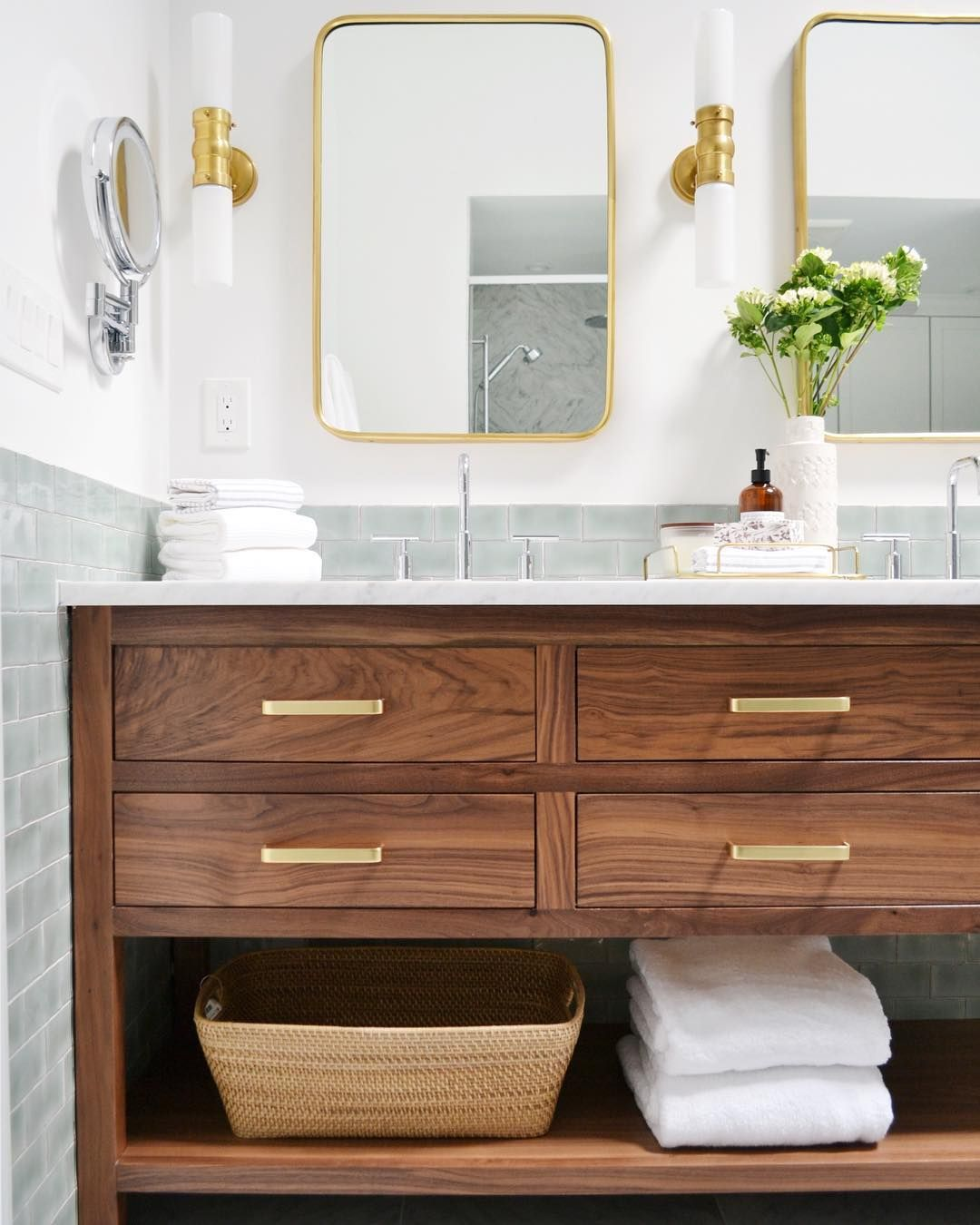Bathroom Vanity With Gold Drawer Pulls