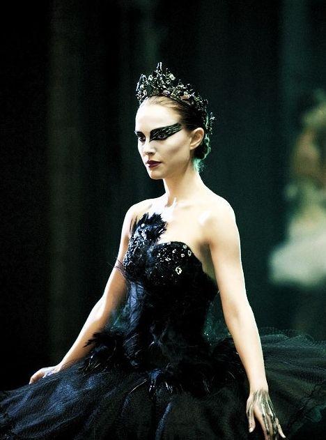 Pin By Catarina Valentim On Black Swan Natalie Portman Black Swan Black Swan Costume Black Swan Movie