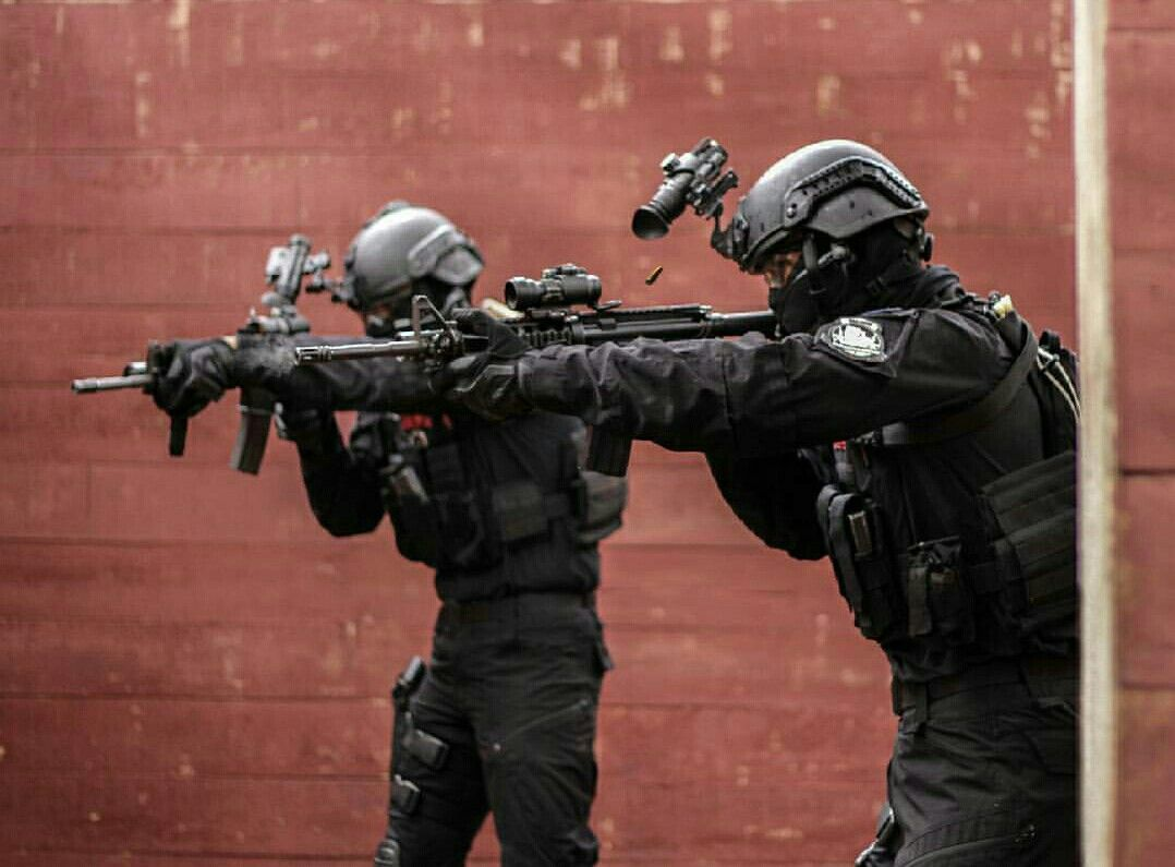 Pin By Angga Hendiarto On Badass Corps Special Police Forces