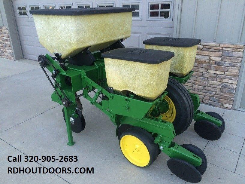John Deere 2 Row 7100 Corn Planter Deer Food Plot 3 Point Jd