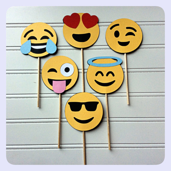This Item Is Made To Order Please Allow Up To 7 Days To Process The Order Allow For 7 10 Full Emoji Party Emoji Birthday Party Emoji Cupcake Toppers