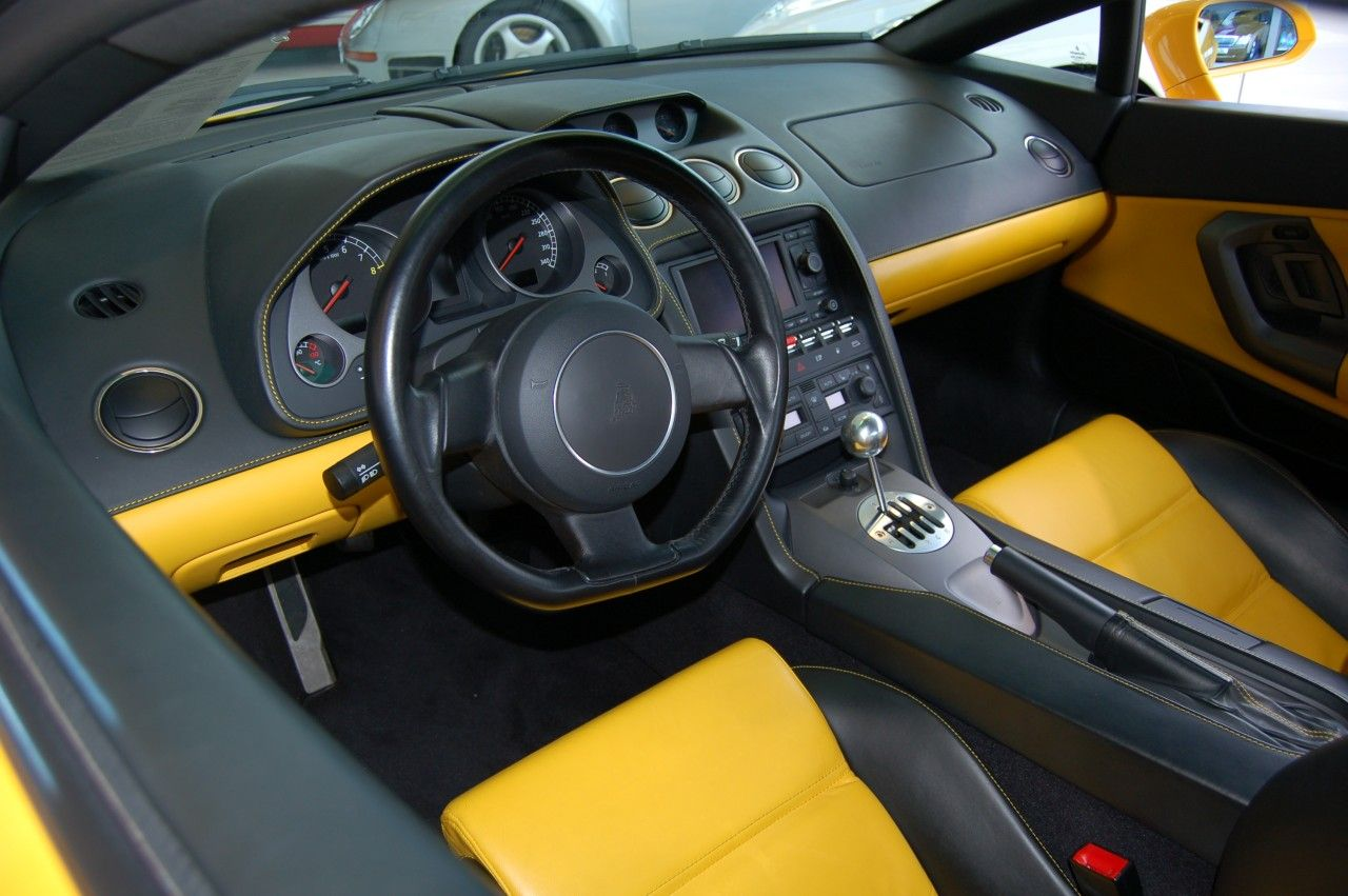 Aluminum Shifter Plate And Wrap Around Two Tone Color Lamborghini Gallardo Lamborghini Car Interior