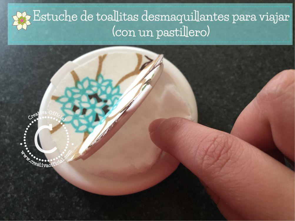Mira lo sencillo que es hacer este estuche para toallitas demaquillantes con un pastillero! Ideal para cuando te toca viajar ;) Dale click a la imagen o al link para aprender cómo hacerlo :D  => http://creativaofficial.com/diy-estuche-de-toallitas-desmaquillantes-para-viajar-con-un-pastillero/