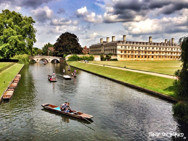 punting in Cambridge, England *** read more about Cambridge on my blog www.jump-on-board.com