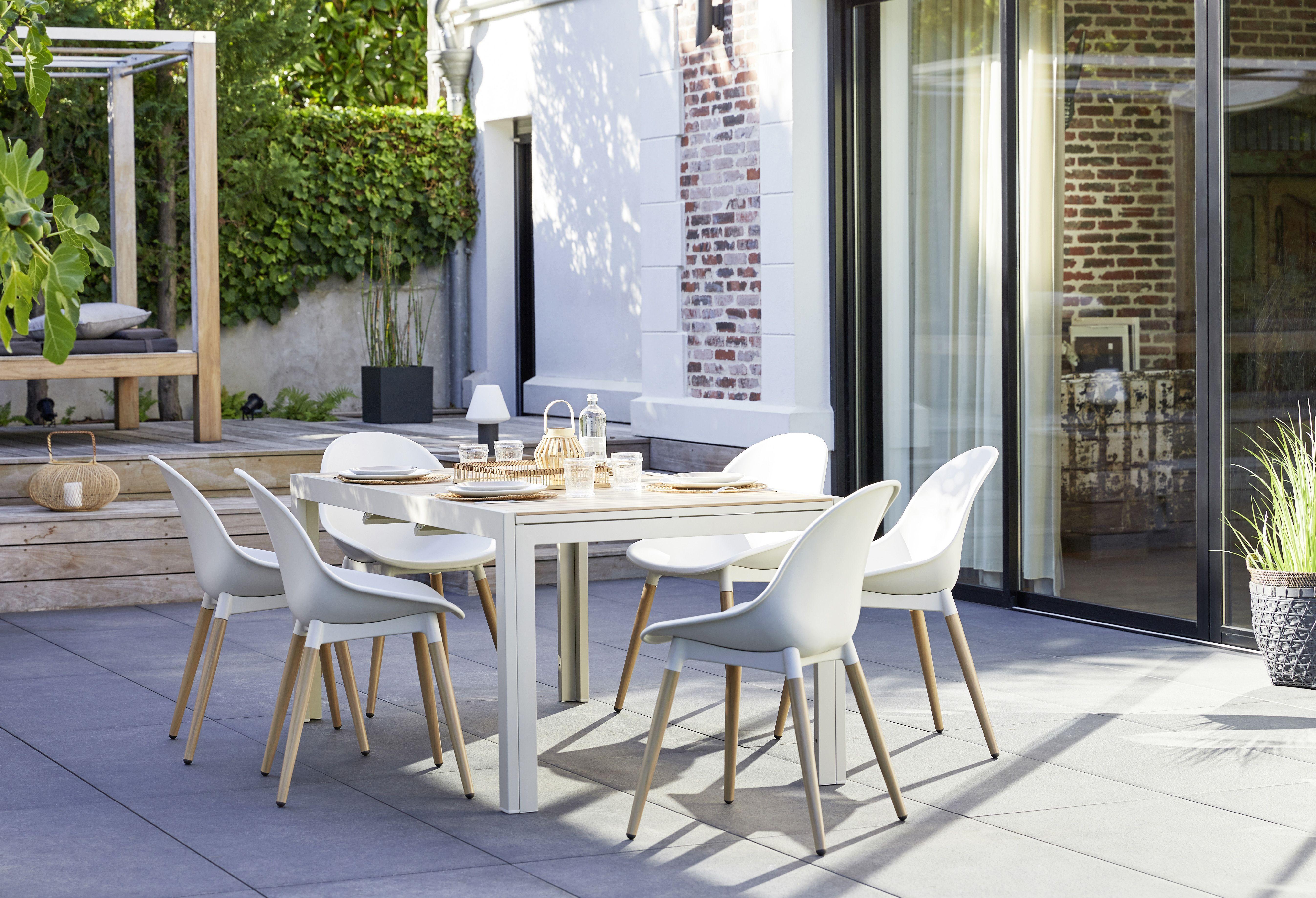 Salon De Jardin Blanc En 2020 Mobilier Jardin Meuble En Merisier Decoration Salon Cocooning