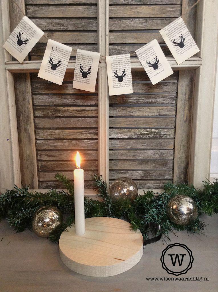 Kerstdecoratie Bij Oud Raam Kerst Slingers Kerst Kerstdecoratie