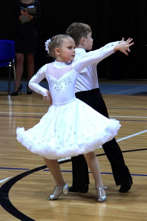 Наряд для бальных танцев