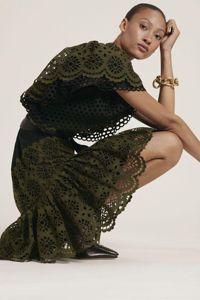 #мода #весна2019 #кружевныеплатья #тенденциицвета #ss2019 ...