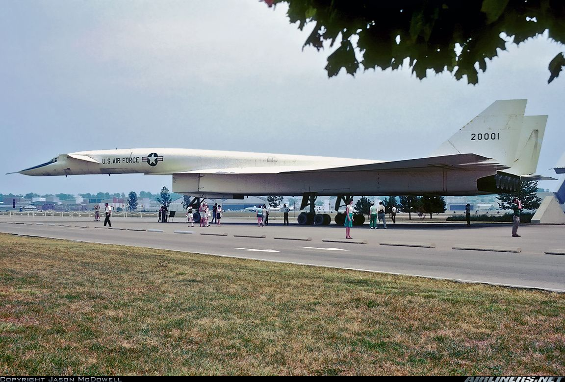 XB70 Valkyrie at the USAF Museum Dayton, OH before it was