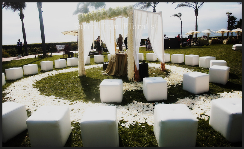 Small Wedding Ceremony Circular Seating. Perfect For Skye