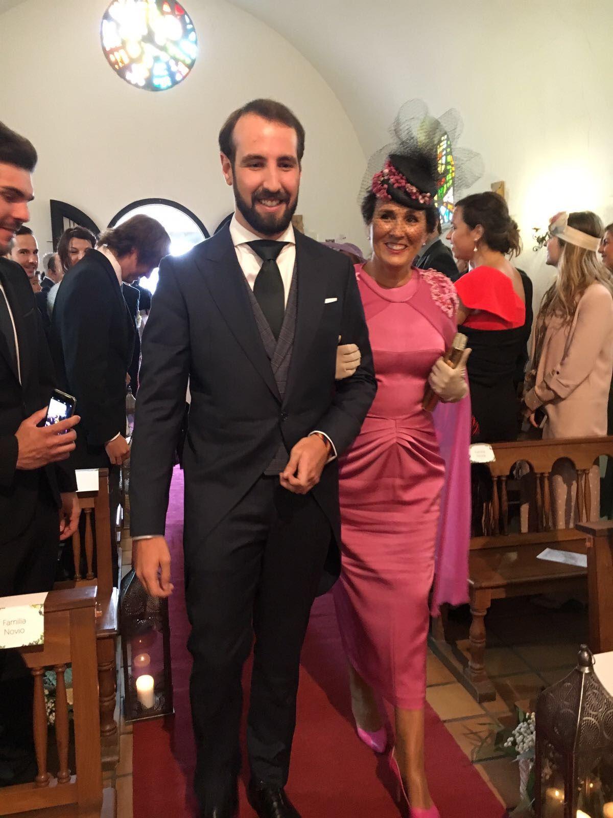 1844e0402 Madrinas de Fernando Claro Vestidos Madre Del Novio