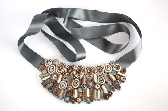 Bib necklace beige statement necklace por AudraTextileStudio