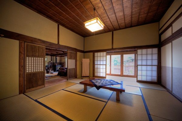 The interior of a Japanese tea house & The interior of a Japanese tea house | Homes of the Heart ...