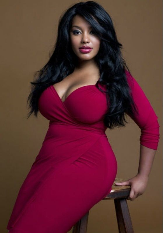 Black full figured models pictures