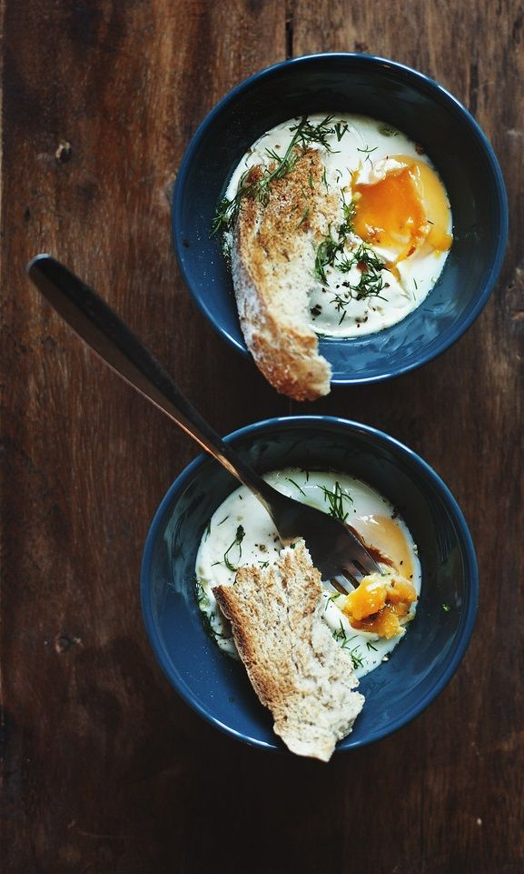 OEUFS EN COCOTTE ~~~ eggs cooked in small pots (aka cocotte) and/or ramikens is a classic old school comfort food serve. [France] [lily]
