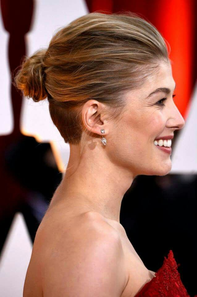 Rosamund Pike at the 87th Academy Awards, February 22, 2015