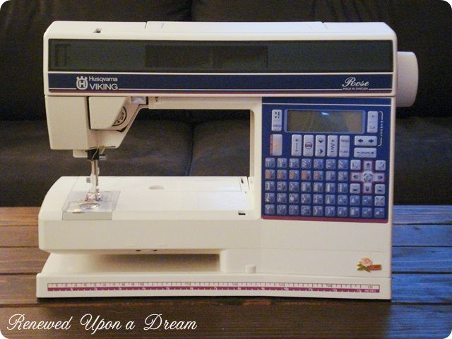 Husqvarna Viking Rose Machine This Is A Great Machine I Love Mine Adorable Viking Sewing And Embroidery Machine