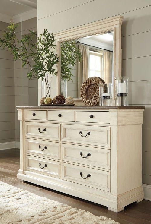 Best Fall In Love With The Bolanburg Two Tone Dresser Mirror 640 x 480